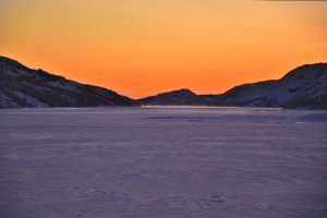 Langfjorden i desemberlys